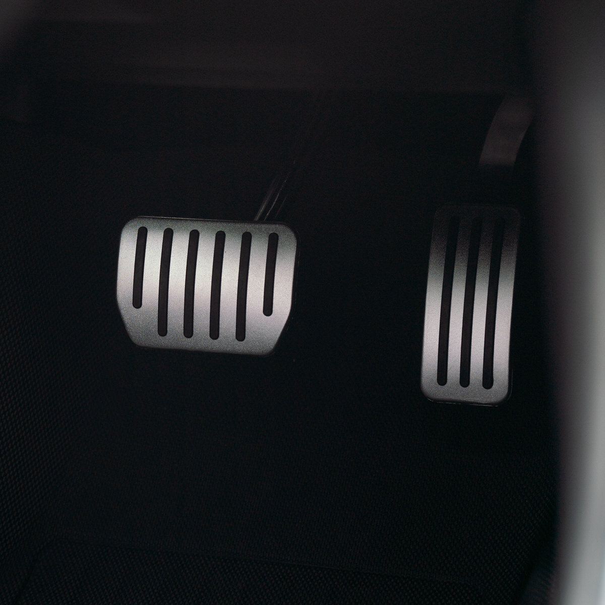 Performance Pedals for Model 3